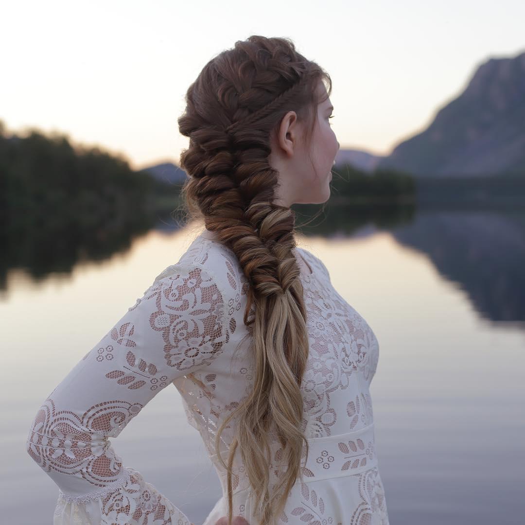 Прически из кос: простые и очень красивые (фото, видео)