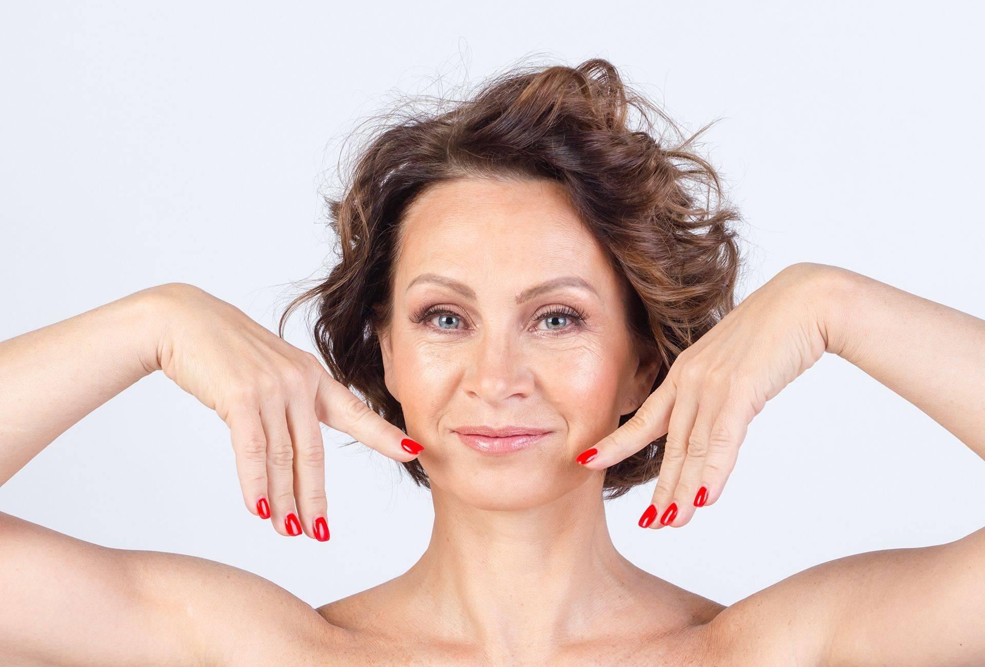 Упражнения для омоложения лица. фейсбилдинг для лица после 50. фейсбилдинг для лица упражнения с картинками. упражнения для подтяжки мышц, расположенных на лице