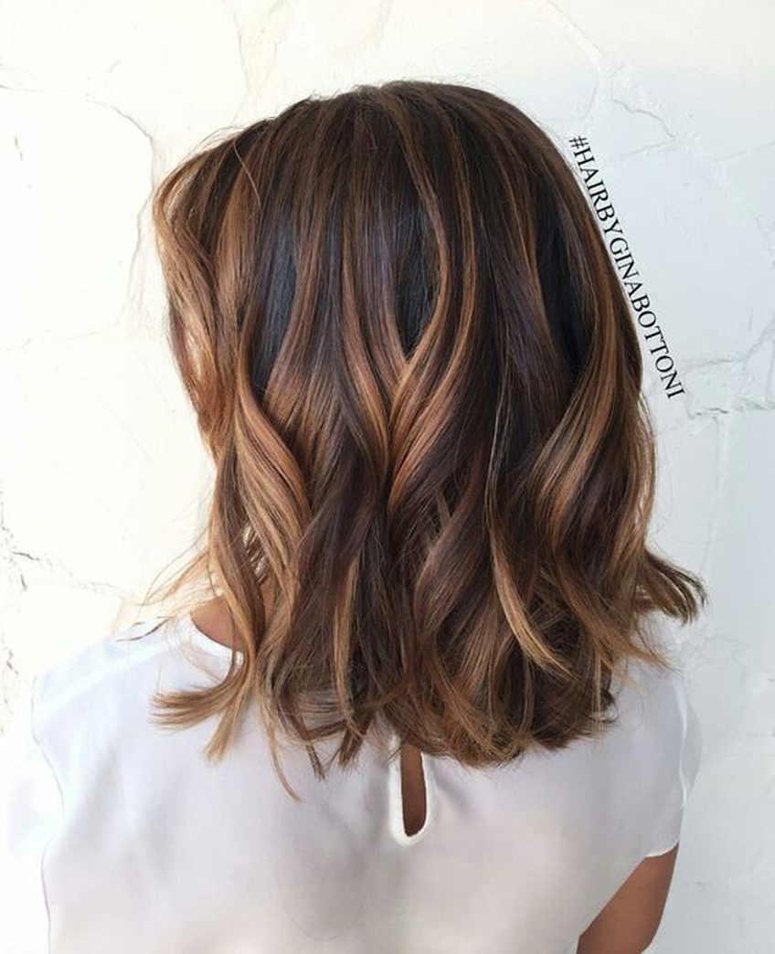 Балаяж на короткие волосы: как выбрать подходящие цвета и правильно покрасить?