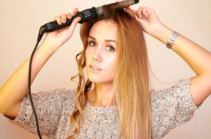 Как красиво накрутить волосы любой длины плойкой