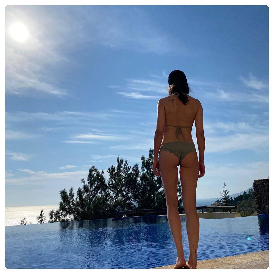 Дженнифер лопес. фото в купальнике, без фотошопа, параметры фигуры: рост, грудь, попа, нос, губы до пластики и после