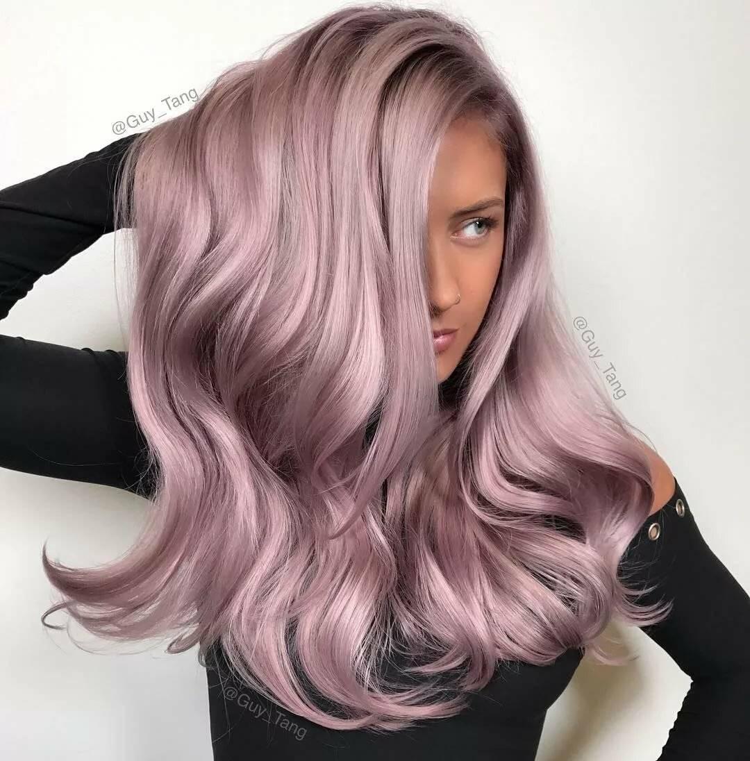 Розовый цвет волос: фото лучших оттенков