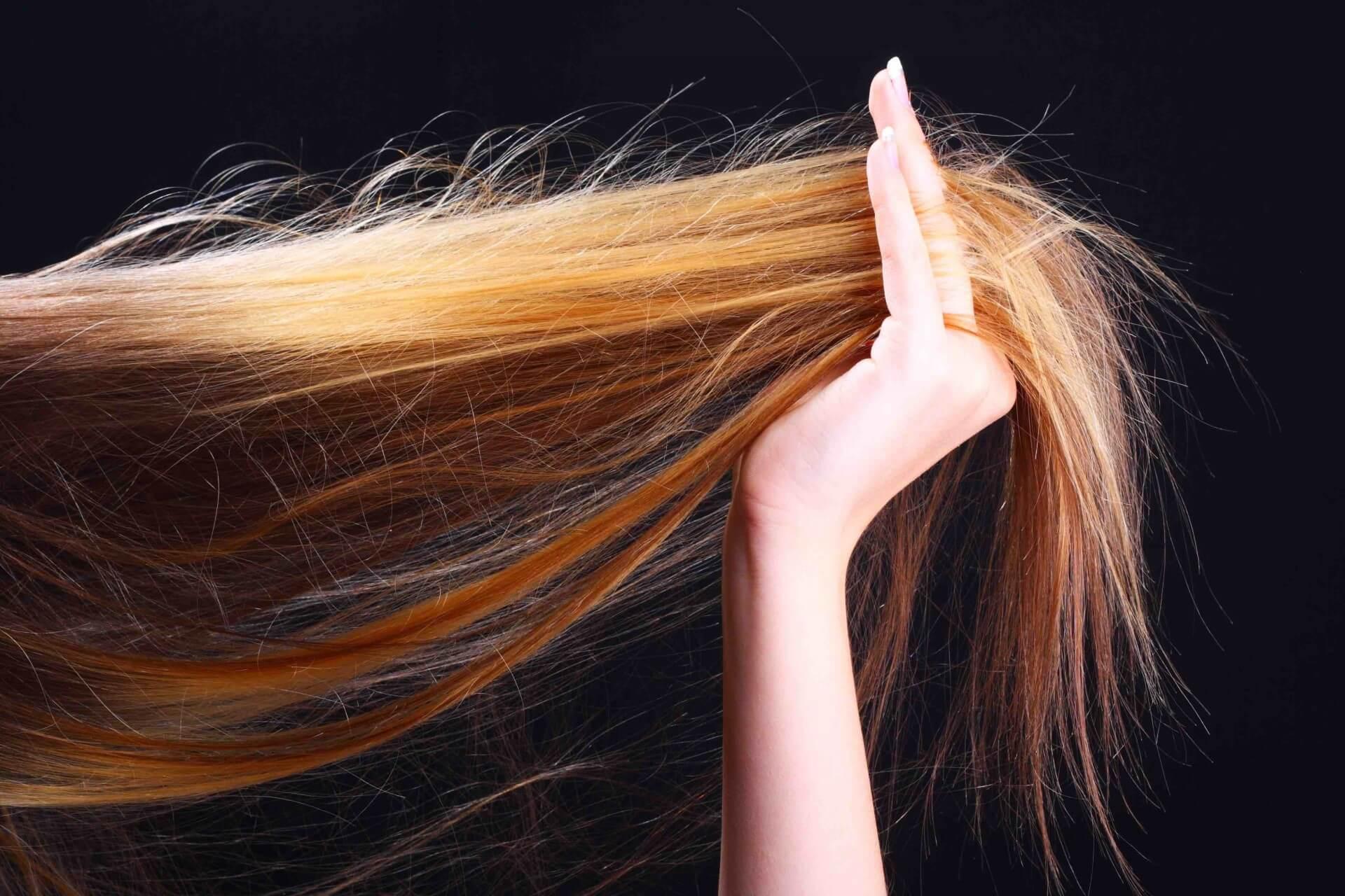 Лучший способ восстановить сожженные волосы?