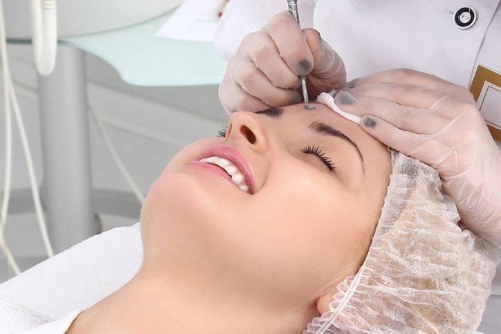 Чистка лица у косметолога: аппаратная и механическая - как часто можно делать