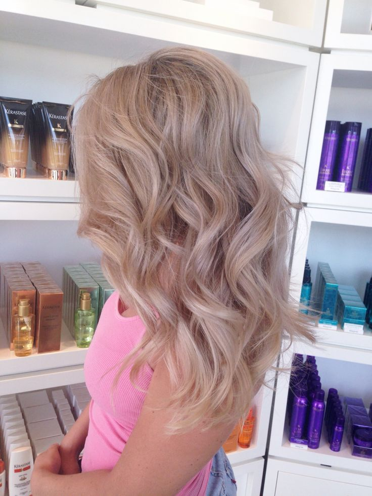 Теплый блонд: разнообразие оттенков и поэтапное окрашивание волос