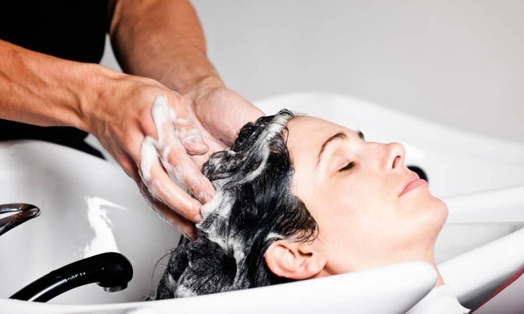 Салонные процедуры для волос дома