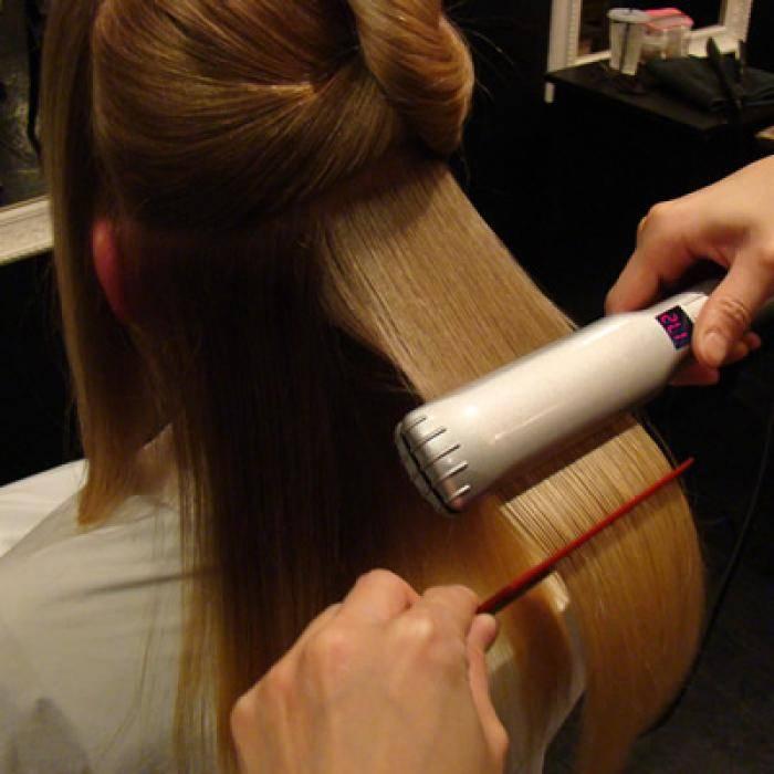 Популярно о том, что нужно для кератинового выпрямления волос. советы по выбору инструментов