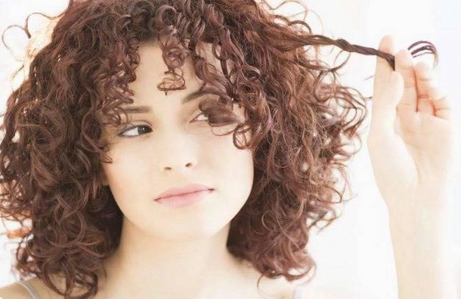 Уход за кудрявыми волосами: правила и топ-5 средств для вьющихся волос | волосок