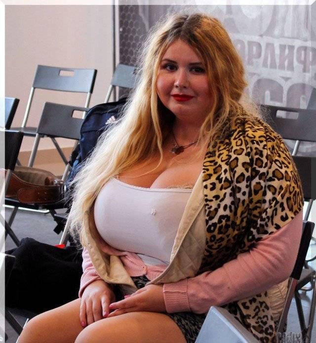 Сравнение стран, рейтинг — девушки с самой большой грудью до 30 лет. страны, где у женщин самые маленькие груди