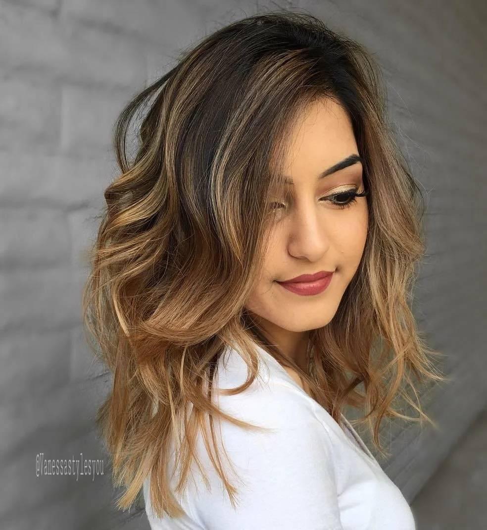 Модное окрашивание волос 2021 на средние волосы блонд: фото, тенденции (в теплых тонах, в холодных тонах)