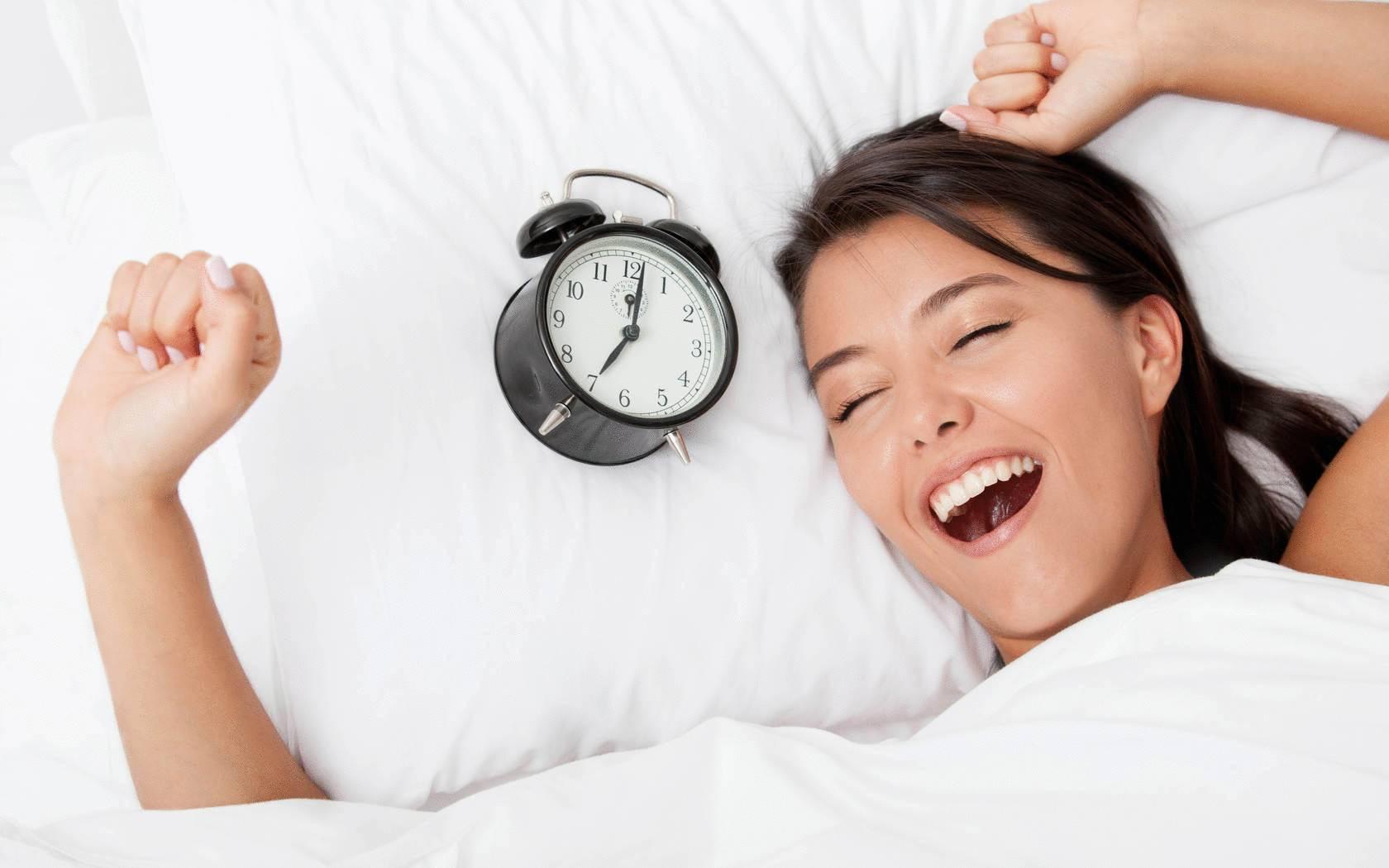 10 простых советов, как проснуться утром бодрыми — секреты кухни